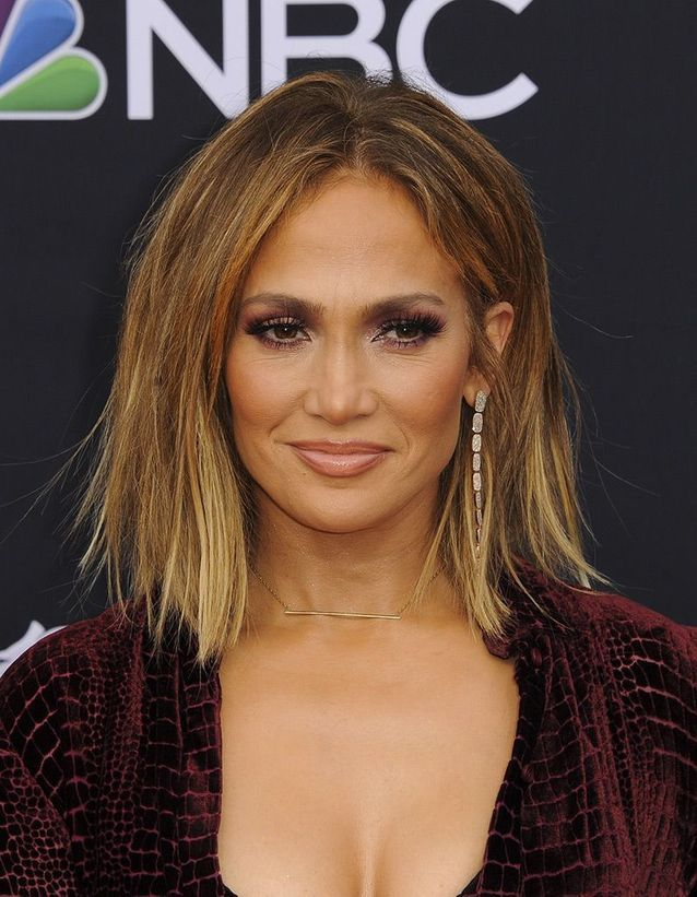 les cheveux ch tain clair de jennifer lopez ind modable. Black Bedroom Furniture Sets. Home Design Ideas