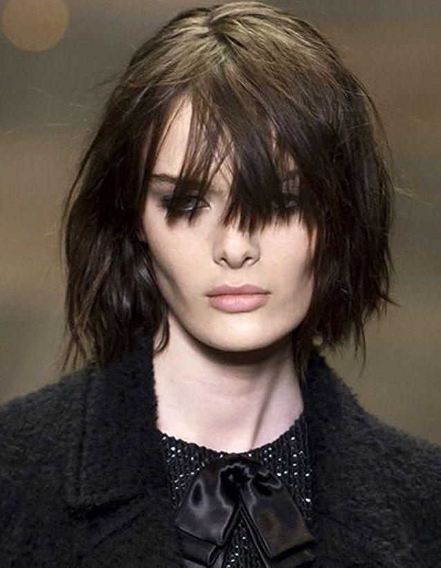 Coupe cheveux carré dégradé avec frange automne-hiver 2016