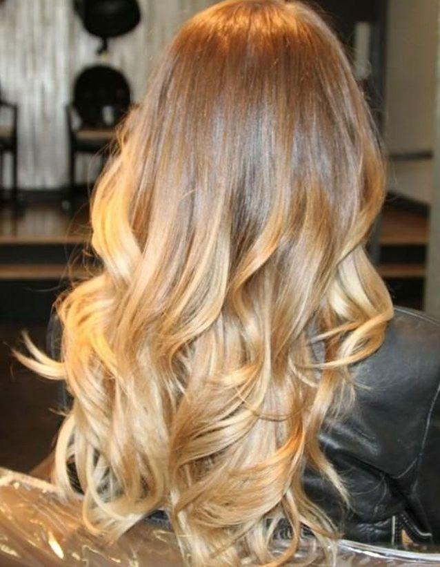 Cheveux longs blond miel automne-hiver 2018
