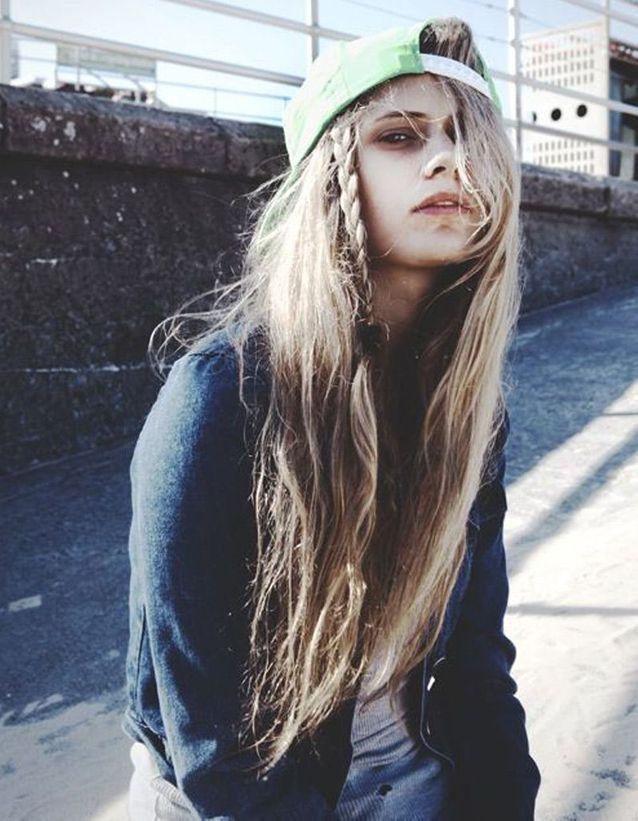Cheveux longs détachés