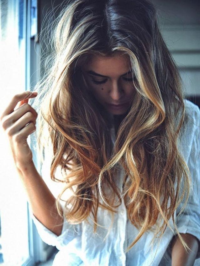 Cheveux ondulés naturels