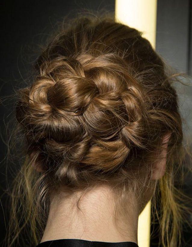 Idée coiffure cheveux ondulés automne-hiver 2016