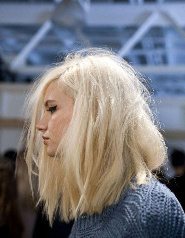 Carre Plongeant Blond 50 Facons De Porter Le Carre Plongeant Elle