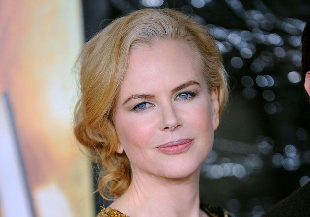 10 célébrités qui affichent fièrement leurs premiers cheveux blancs