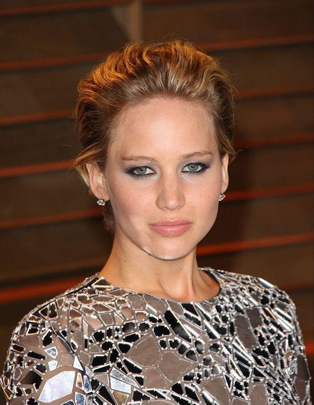 Les cheveux effet mouillé de Jennifer Lawrence