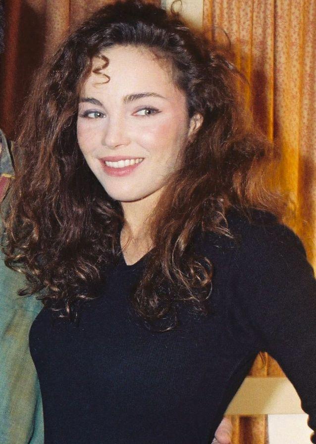 Claire Keim et ses boucles au naturel