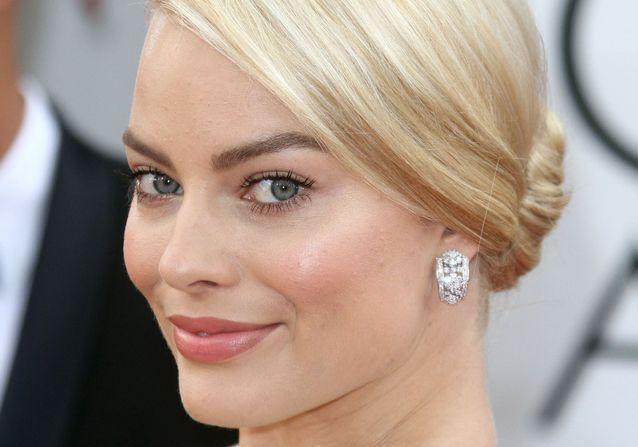 Avant / après : Margot Robbie, son évolution coiffure