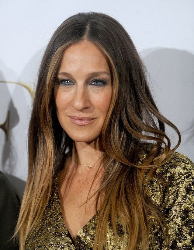 Sarah Jessica Parker with a natural smoothing, light brown hair in April 2014