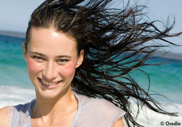 Cheveux : solutions d'urgence pour les vacances