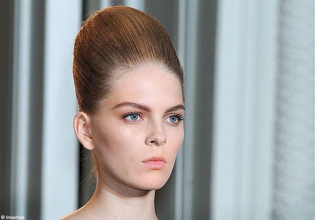 Fashion Week de Paris été 2012 : les coiffures