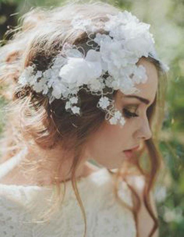 Coiffure mariée couronne fleurs
