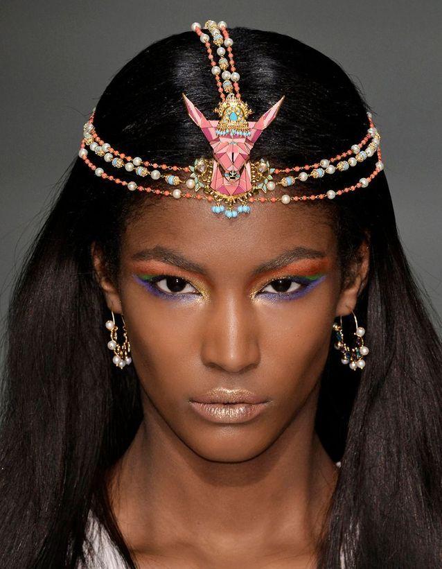 Le headband bijou de Manish Arora