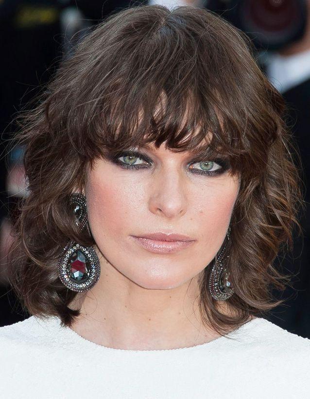 Le carré frangé de Milla Jovovich