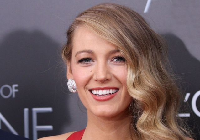 Side hair : on s'inspire des stars pour une coiffure tapis rouge