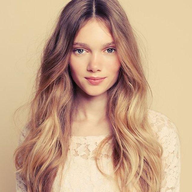 Le sombré hair léger sur cheveux blonds