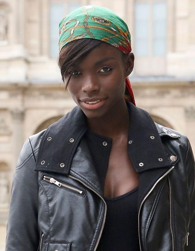 Site officiel dernière vente meilleur prix pour Le foulard à la corsaire - Street style coiffure : comment ...