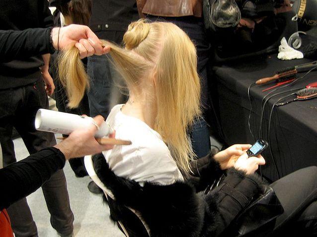 Backstage beauté Elie Saab - collection hiver 2010-2011 (1)