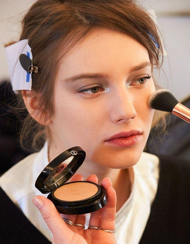 Le beauty look du défilé Haute Couture Armani Privée