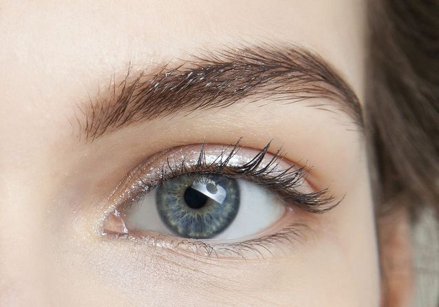 Eye liner blanc pailleté