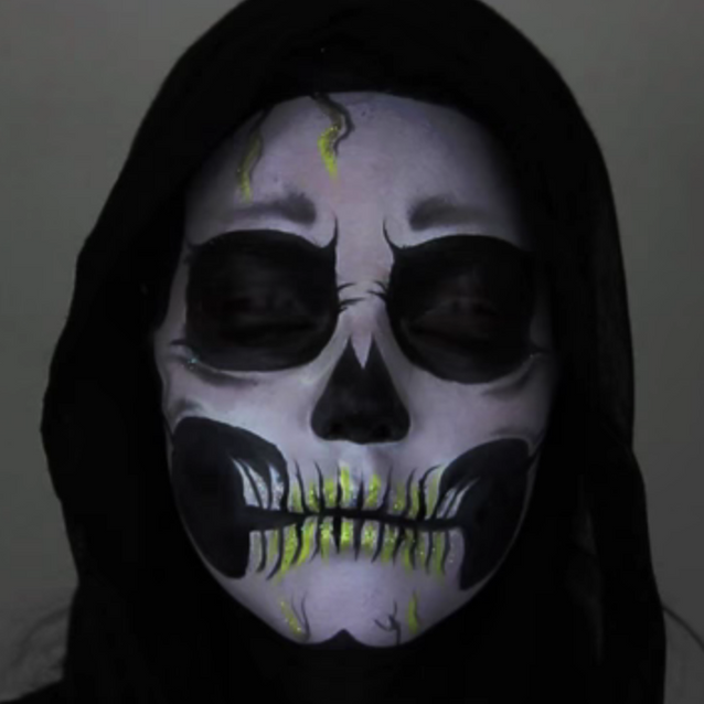 Maquillage Halloween : squelette