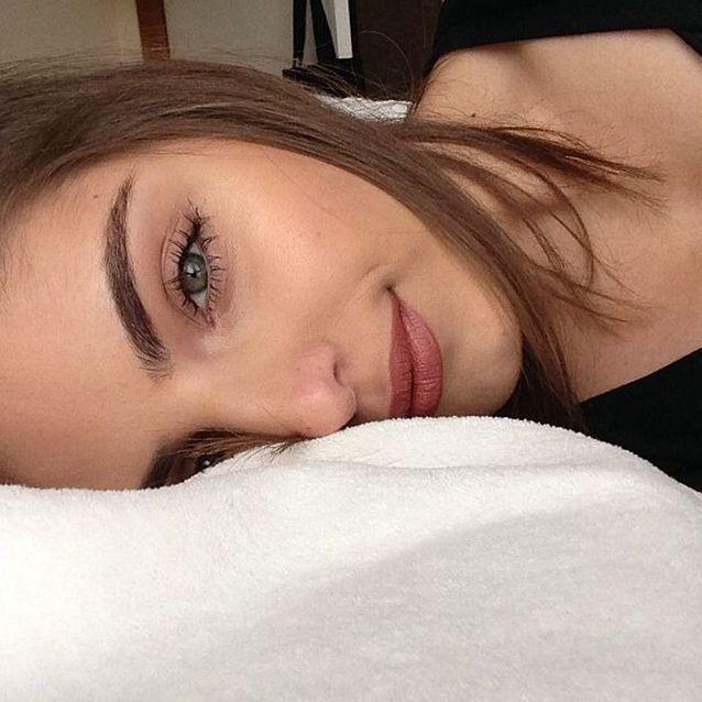 Le maquillage naturel pour les sourcils épais
