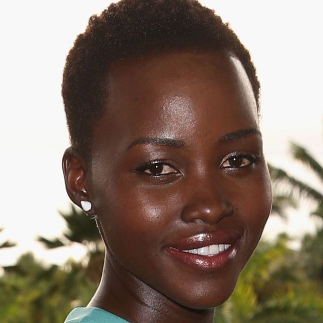 Le maquillage nude des peaux noires comme Lupita Nyong'o