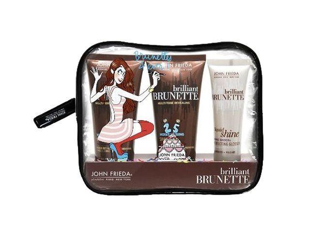 Trousse Brunette 4 Ever par Margaux Motin (édition limitée anniversaire) avec un shampooing, un après-shampooing et un gloss capillaire spécial...
