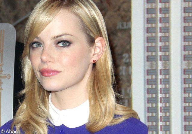 On veut toutes le beauty look d'Emma Stone