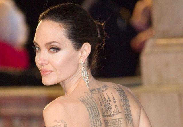 Tout savoir sur les tatouages d\u0027Angelina Jolie , Elle