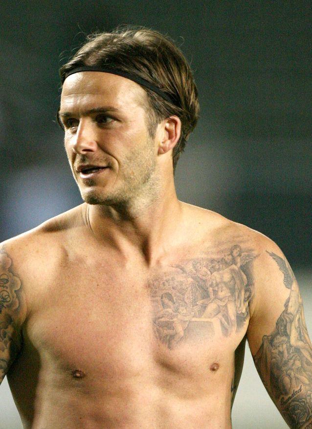 """David Beckham et son tatouage """"Jésus porté par 3 chérubins"""""""