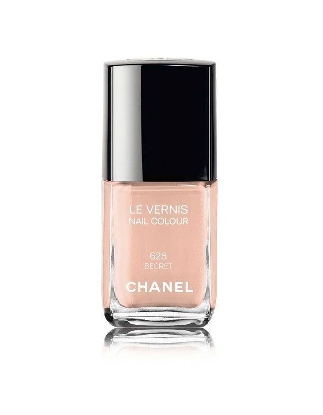 Vernis 625 Secret, Chanel, 25€