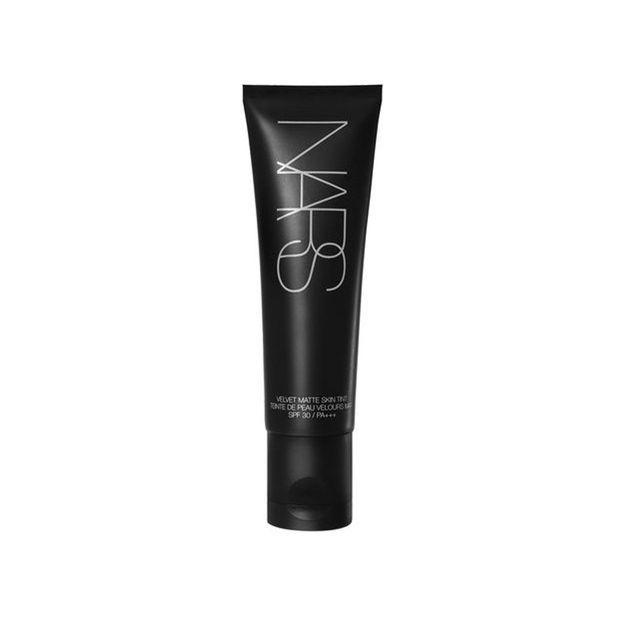 Velvet Matte Skin Tint, Nars, 50 ml, 38 €