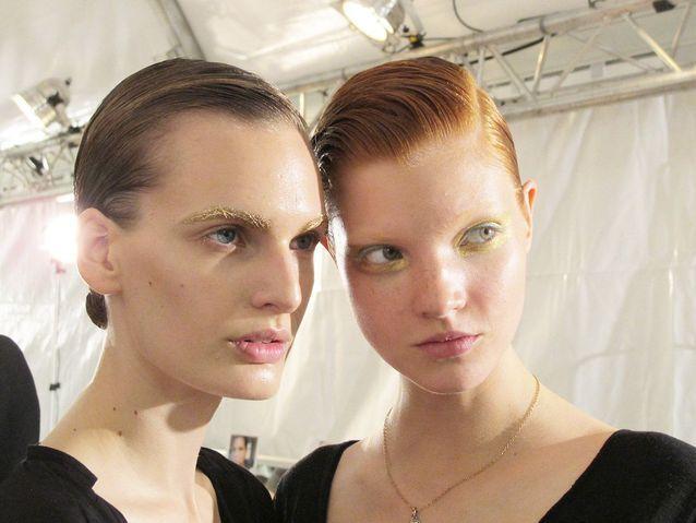 Les maquillages des yeux ont été imaginés par Pat McGrath