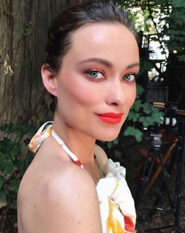 Le maquillage pêche ultra frais d'Olivia Wilde