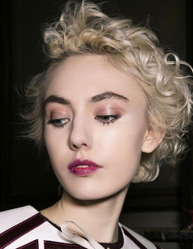 Maquillage Réveillon lumineux