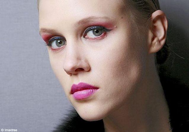 Paris : maquillage des podiums hiver 2010/2011 - Sixième jour