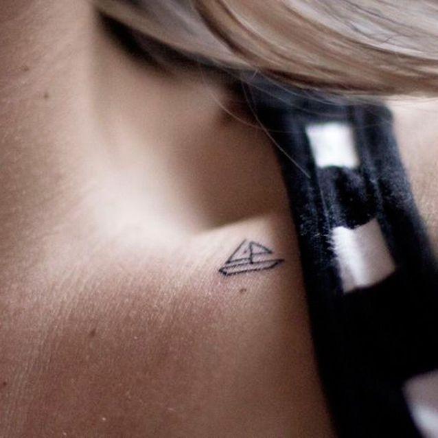 Petit tatouage joli