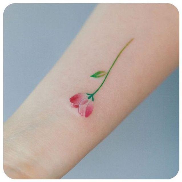 Tatouage aquarelle petit