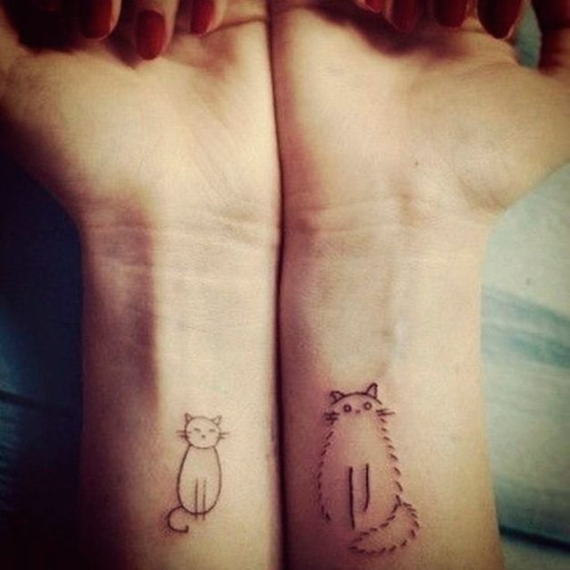 Tatouage chat simple