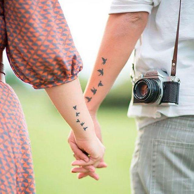 Tatouage couple hirondelles