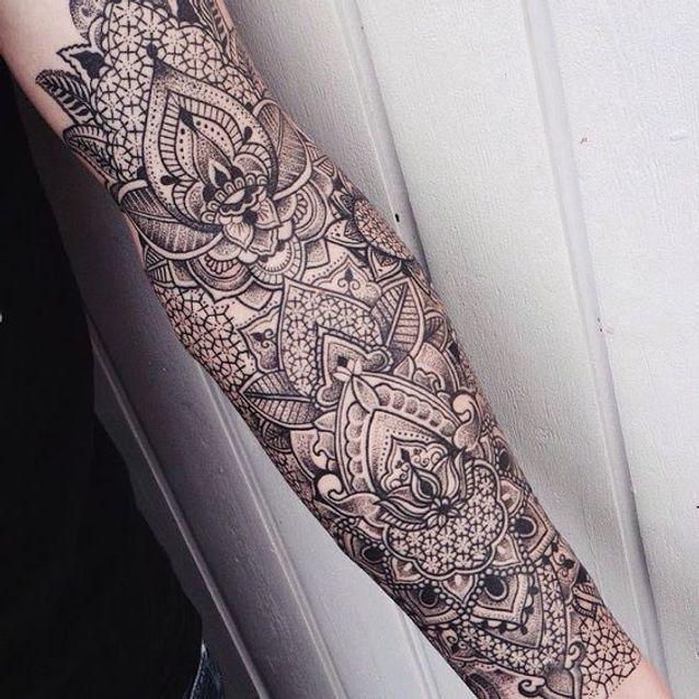 Tatouage dentelle inspirant