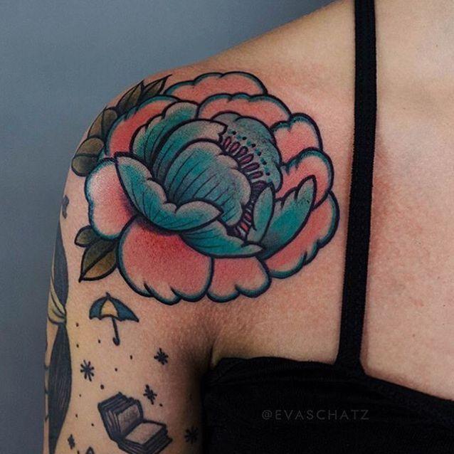 Tatouage Epaule Nos Plus Belles Idees De Tatouages D Epaule Elle