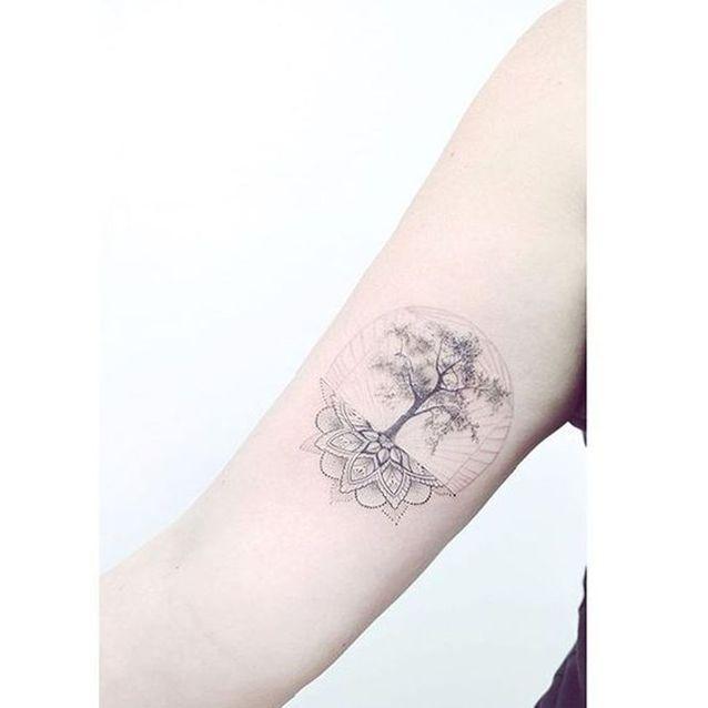 Tatouage Mandala Arbre De Vie On Craque Pour Un Tatouage