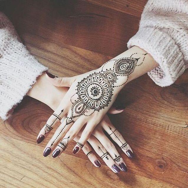Tatouage Mandala Bijoux On Craque Pour Un Tatouage Mandala Elle