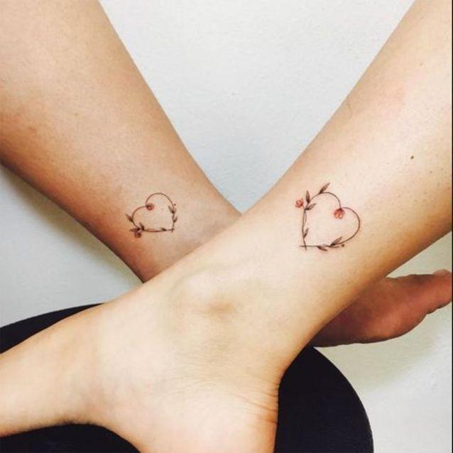 Tatouage mère / fille : un coeur