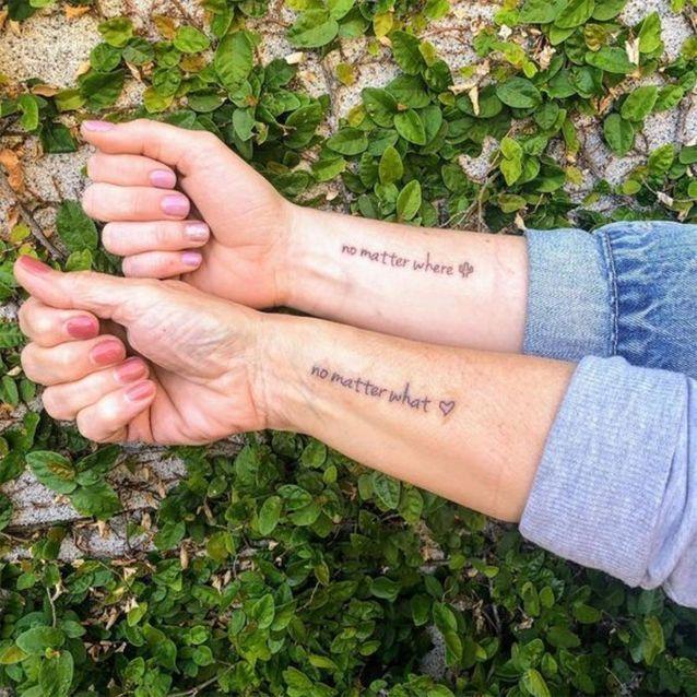 Tatouage mère / fille : une phrase