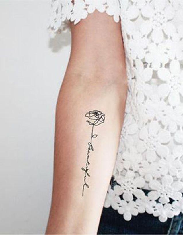 Tatouage de plante fleur , 15 tatouages de plantes et