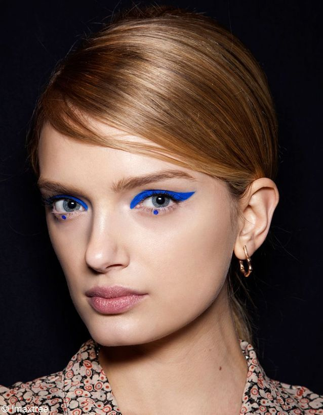 A faire - make up bleu