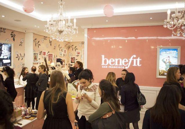 Revivez les afterwork beauté ELLE & Benefit Cosmetics