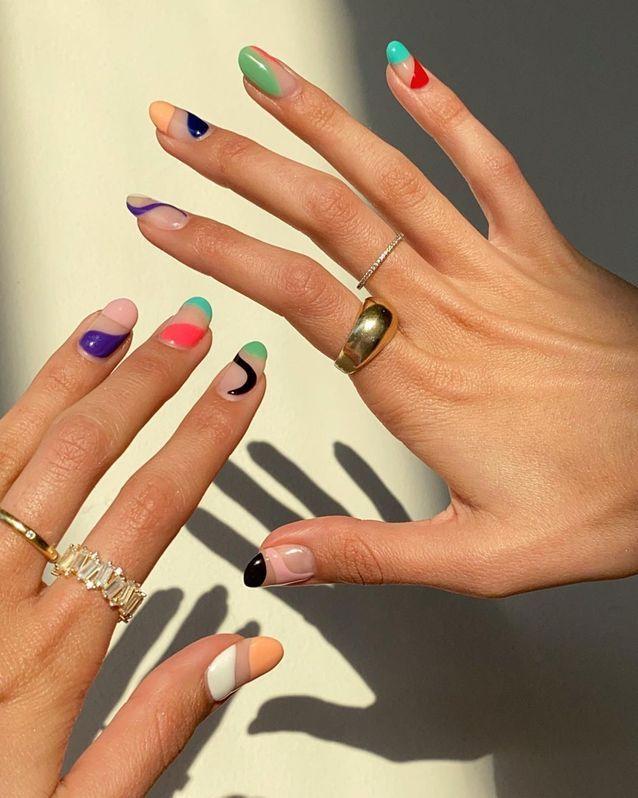 Manucure printemps abstract nails